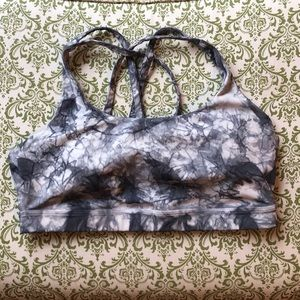 UEC Lululemon Energy Bra Size 10 in Washed Marble